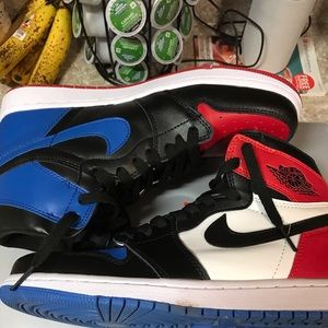 Air Jordan retro 1 top 3 shoe supreme Yeezy